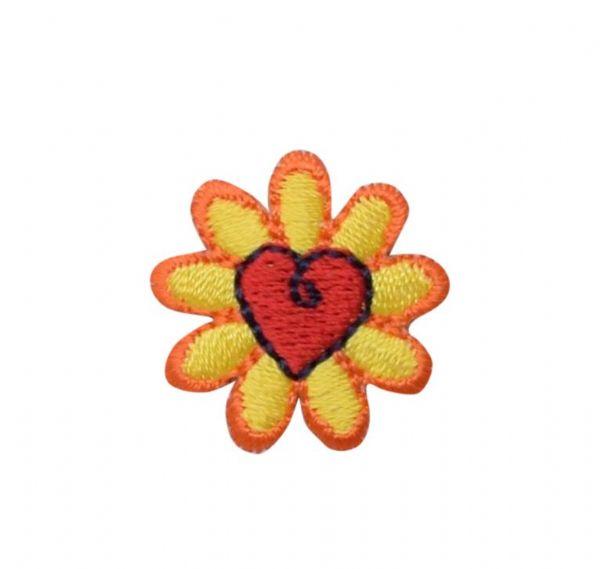 Daisy with Heart