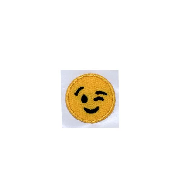 Small - Emoji Winking